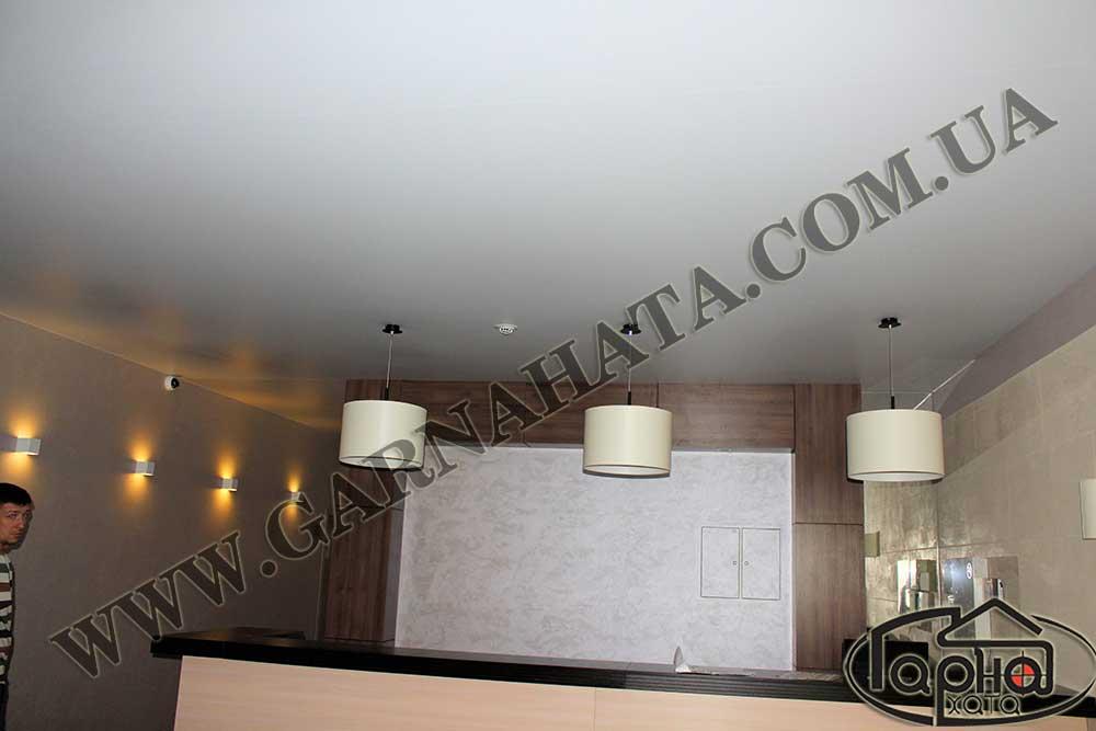 матовой, белый натяжной потолок